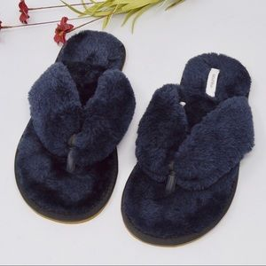 Faux Fur Flip Flop Plush Slippers | Navy Blue
